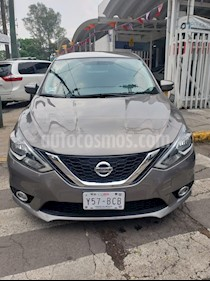 Nissan Sentra Advance usado (2017) color Gris Oxford precio $188,000