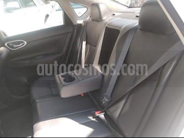 Nissan Sentra 4P SR L4/1.8 MAN usado (2017) color Blanco precio $250,000