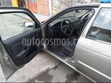 Nissan Sentra XE 1.8L usado (2006) color Titanio precio $69,000