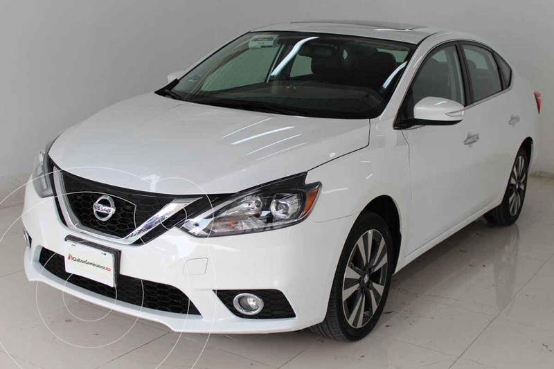 Foto Nissan Sentra Exclusive Aut NAVI usado (2018) color Blanco precio $295,000