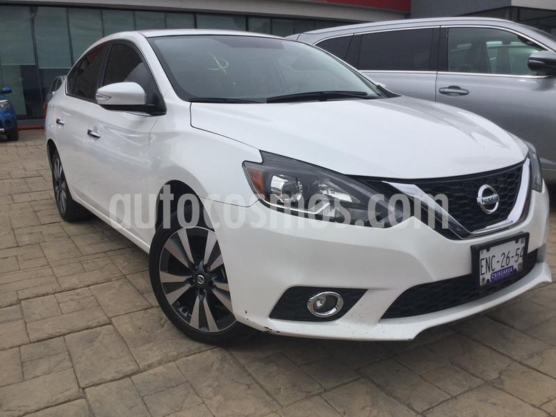 Nissan Sentra Exclusive NAVI Aut usado (2017) color Blanco precio $242,000