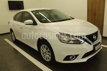Nissan Sentra 4p Advance L4/1.8 Man usado (2018) color Blanco precio $210,000