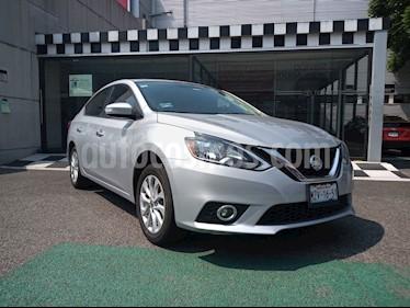 Nissan Sentra Advance usado (2017) color Plata precio $180,000