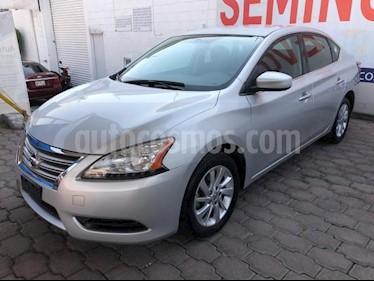 Nissan Sentra 4P SENSE AT A/AC. RA-16 usado (2013) color Plata precio $130,000
