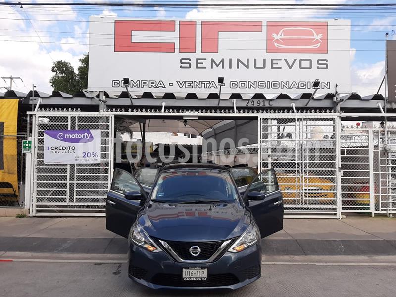 Nissan Sentra Sense Aut usado (2017) color Azul Oriental precio $185,000