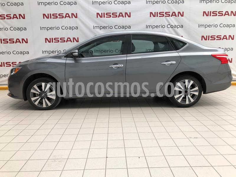 Nissan Sentra Exclusive Aut NAVI usado (2017) color Gris Oxford precio $259,000