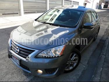 Nissan Sentra SR Aut NAVI usado (2016) color Gris Oxford precio $211,000
