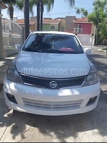 Nissan Tiida HB Emotion usado (2010) color Blanco precio $78,000
