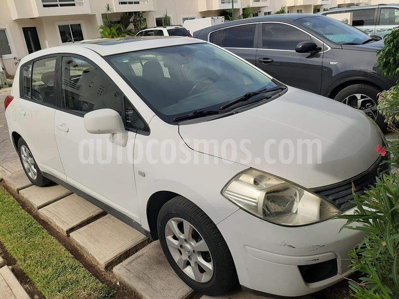 Nissan Tiida HB Premium usado (2007) color Blanco precio $68,000