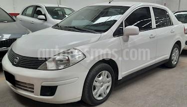 Nissan Tiida HB Emotion  usado (2013) color Blanco precio $99,900