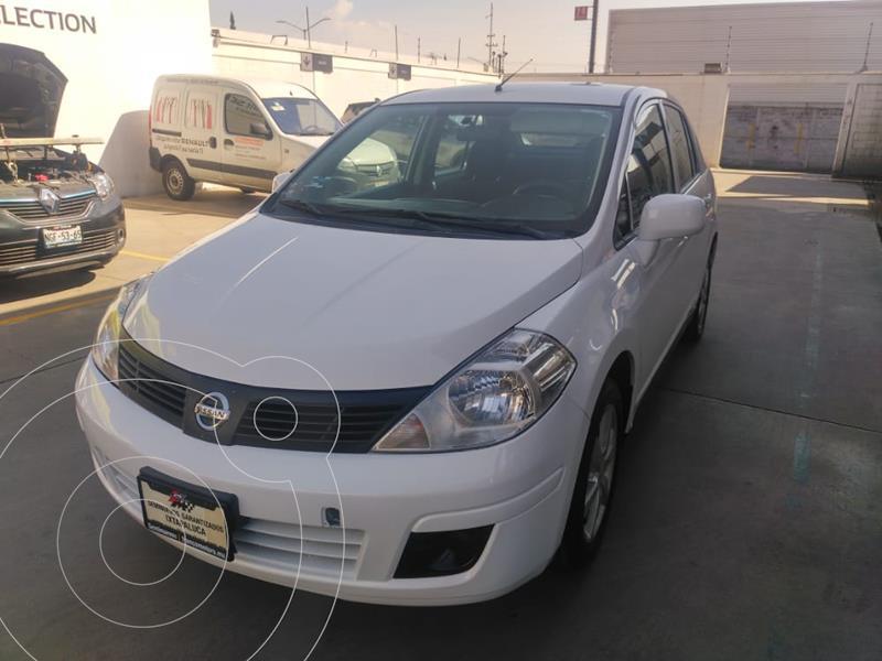 Nissan Tiida HB Emotion usado (2012) color Plata precio $120,000