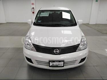 Nissan Tiida Sedan 4p Sedan Sense L4/1.8 Man usado (2015) color Blanco precio $130,000