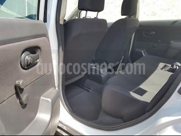 foto Nissan Tiida Sedan 4p Sedan Sense L4/1.8 Man usado (2013) color Blanco precio $105,000
