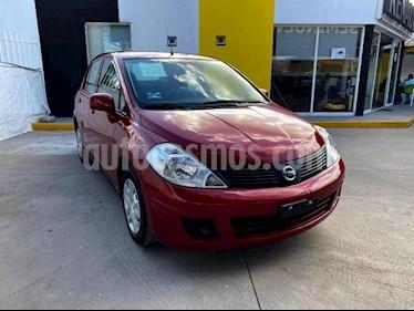 Nissan Tiida Sedan 4P SENSE TM6 A/AC. CD R-15 usado (2018) color Rojo precio $150,000