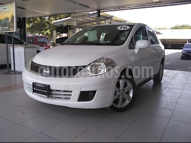 Nissan Tiida Sedan Advance Aut usado (2016) color Blanco precio $155,000