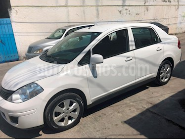 Nissan Tiida Sedan Advance usado (2015) color Blanco precio $125,000