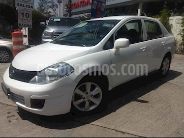 Nissan Tiida Sedan Advance usado (2016) color Blanco precio $135,000