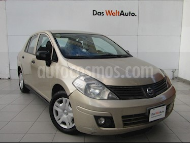 Foto venta Auto Seminuevo Nissan Tiida Sedan Comfort Ac (2011) color Arena Dorada
