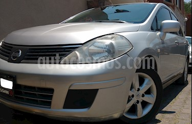 Foto venta Auto usado Nissan Tiida Sedan Comfort Aut Ac (2007) color Plata precio $76,900