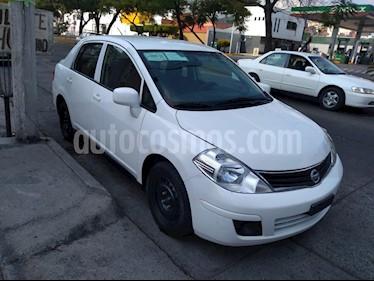 Nissan Tiida Sedan Custom Ac usado (2012) color Blanco precio $85,000