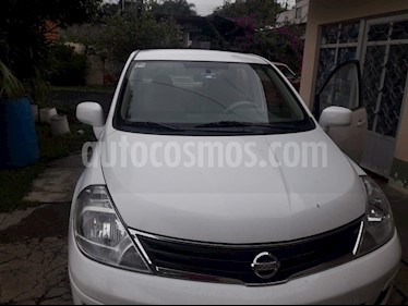 Nissan Tiida Sedan Emotion Aut usado (2011) color Blanco precio $95,000