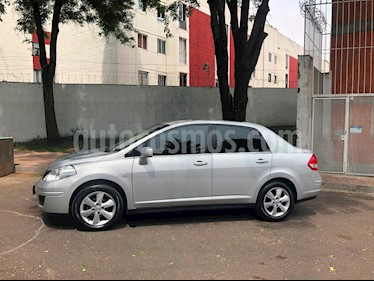 Foto Nissan Tiida Sedan Emotion Aut usado (2011) color Plata precio $99,999