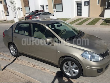 Foto Nissan Tiida Sedan Emotion usado (2010) color Arena precio $85,000