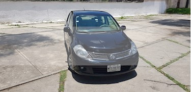 Nissan Tiida Sedan Emotion usado (2008) color Negro precio $65,000