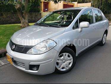 Foto venta Carro Usado Nissan Tiida Sedan Miio Aut (2013) color Plata precio $24.800.000