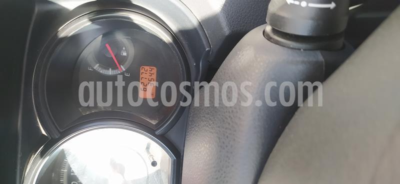 Nissan Tiida Sedan Advance usado (2014) color Arena precio $109,800