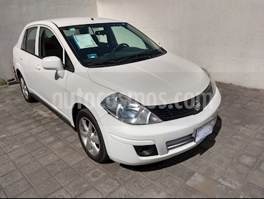Nissan Tiida Sedan Advance Aut usado (2015) color Blanco precio $140,000