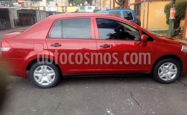 Nissan Tiida Sedan Custom Ac usado (2011) color Rojo Vivo precio $82,500