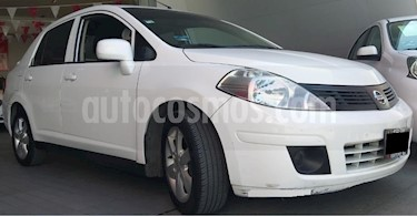 Nissan Tiida Sedan 4p Sedan Advance L4/1.8 Aut usado (2015) color Blanco precio $138,000