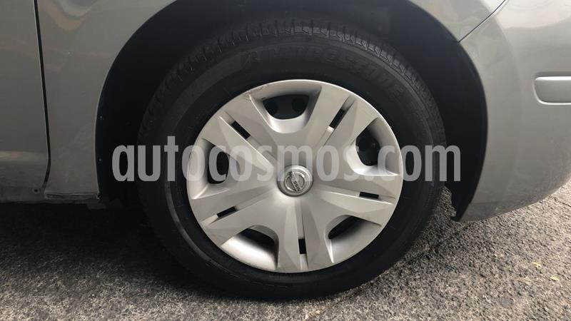 Nissan Tiida Sedan Advance Aut usado (2017) color Gris precio $159,000