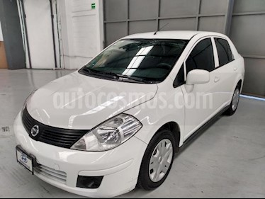 Nissan Tiida Sedan 4P SENSE TM6 A/AC. CD R-15 usado (2016) color Blanco precio $145,000