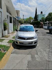 Nissan Tiida Sedan Comfort Ac usado (2011) color Plata precio $83,000