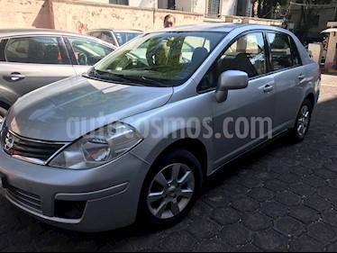 Nissan Tiida Sedan Custom Ac usado (2011) color Gris Plata  precio $87,000