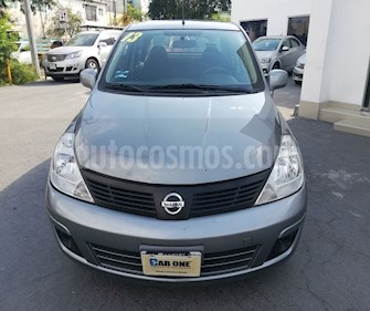 Nissan Tiida Sedan Sense usado (2013) color Gris precio $110,000