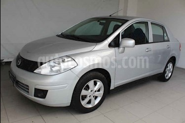 Nissan Tiida Sedan Advance usado (2015) color Plata precio $139,000