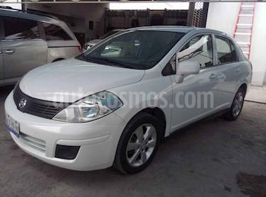 Nissan Tiida Sedan Comfort Ac usado (2012) color Blanco precio $139,000