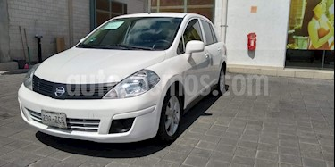 Nissan Tiida Sedan Advance usado (2014) color Blanco precio $125,000