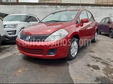 Nissan Tiida Sedan Sense Aut usado (2016) color Rojo Burdeos precio $126,000