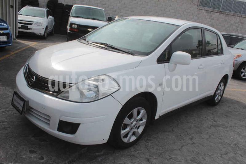 Nissan Tiida Sedan Custom usado (2011) color Blanco precio $95,000