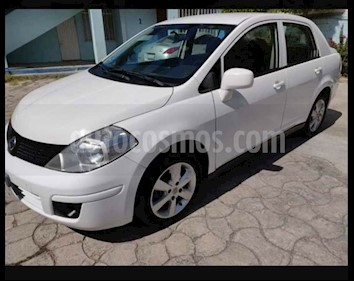 Nissan Tiida Sedan Emotion Aut usado (2008) color Blanco precio $72,000