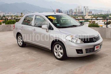 Nissan Tiida Sedan Advance usado (2016) color Plata precio $117,700
