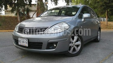 Nissan Tiida Sedan 4P EMOTION AT A/AC. VE BA CD ABS F NIEBLA RA-16 usado (2011) color Plata precio $92,000