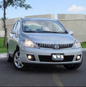 Foto Nissan Tiida Sedan Premium usado (2011) color Gris Plata  precio $99,000