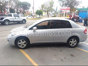 Foto venta Auto Seminuevo Nissan Tiida Sedan Premium (2009) color Plata precio $80,000