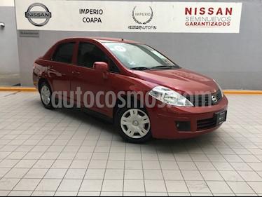 Foto venta Auto Seminuevo Nissan Tiida Sedan Sense Aut (2017) color Rojo Burdeos precio $180,000