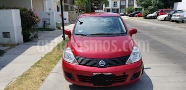 Nissan Tiida Sedan Sense usado (2014) color Rojo precio $105,000